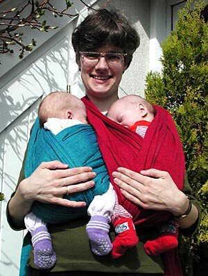 le portage, porter son enfant, porter son bébé, un bienfait santé et ... 6044fb17376